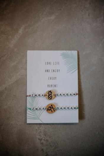 Restl Armbänder Zwoa Dahoam